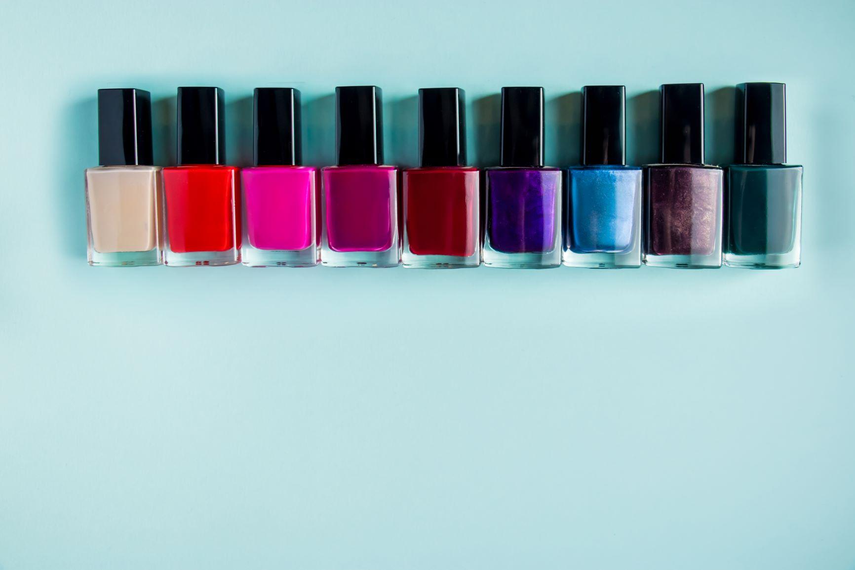 Le tue unghie colorate e resistenti con mesuda nails