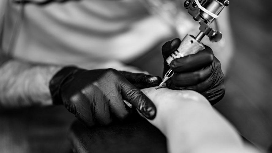 Tatuaggio realistico a rovigo: trova il meglio!