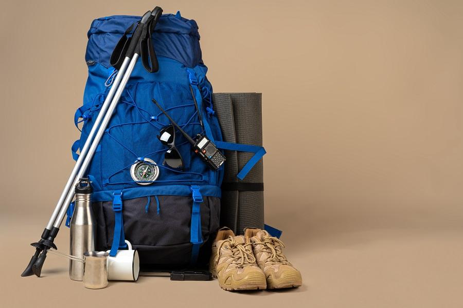 Accessori scialpinismo: cosa serve in montagna?
