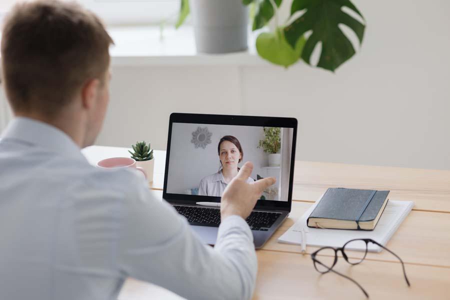Consulenza psicologica online: scopri chi puoi contattare