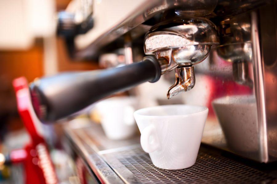 Ecco perché la tramoggia è importante per prendere un caffè in sicurezza