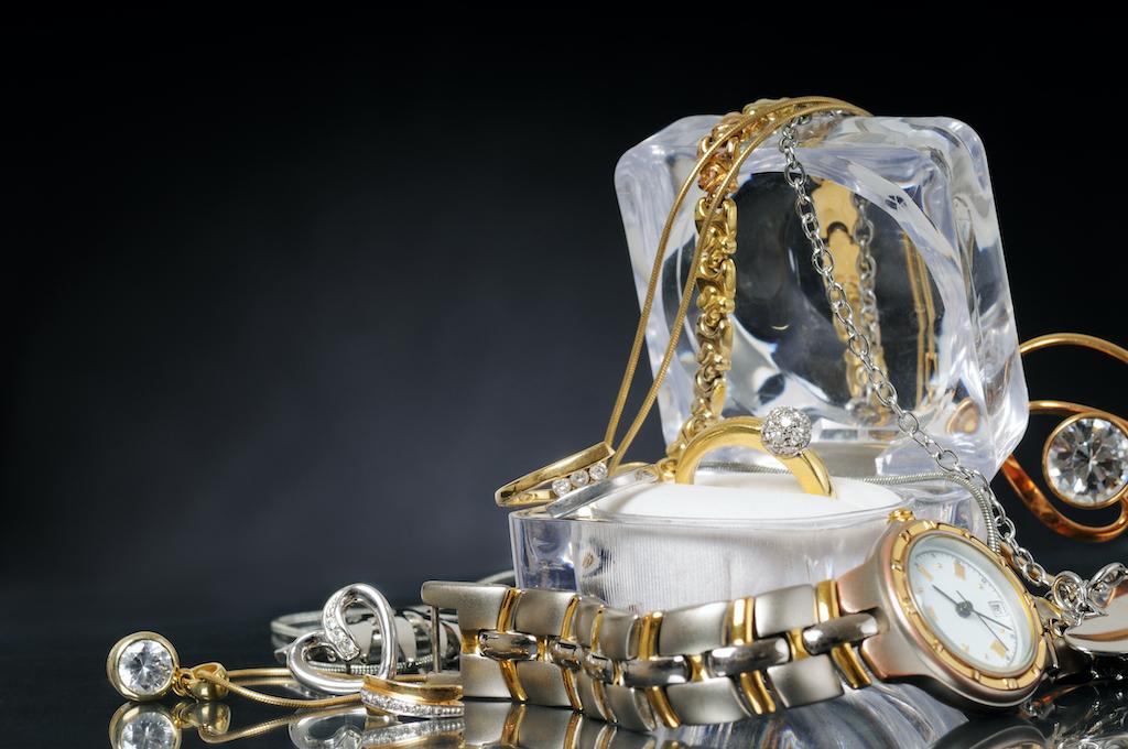 Vendere gioielli usati, ecco quanto può convenirti