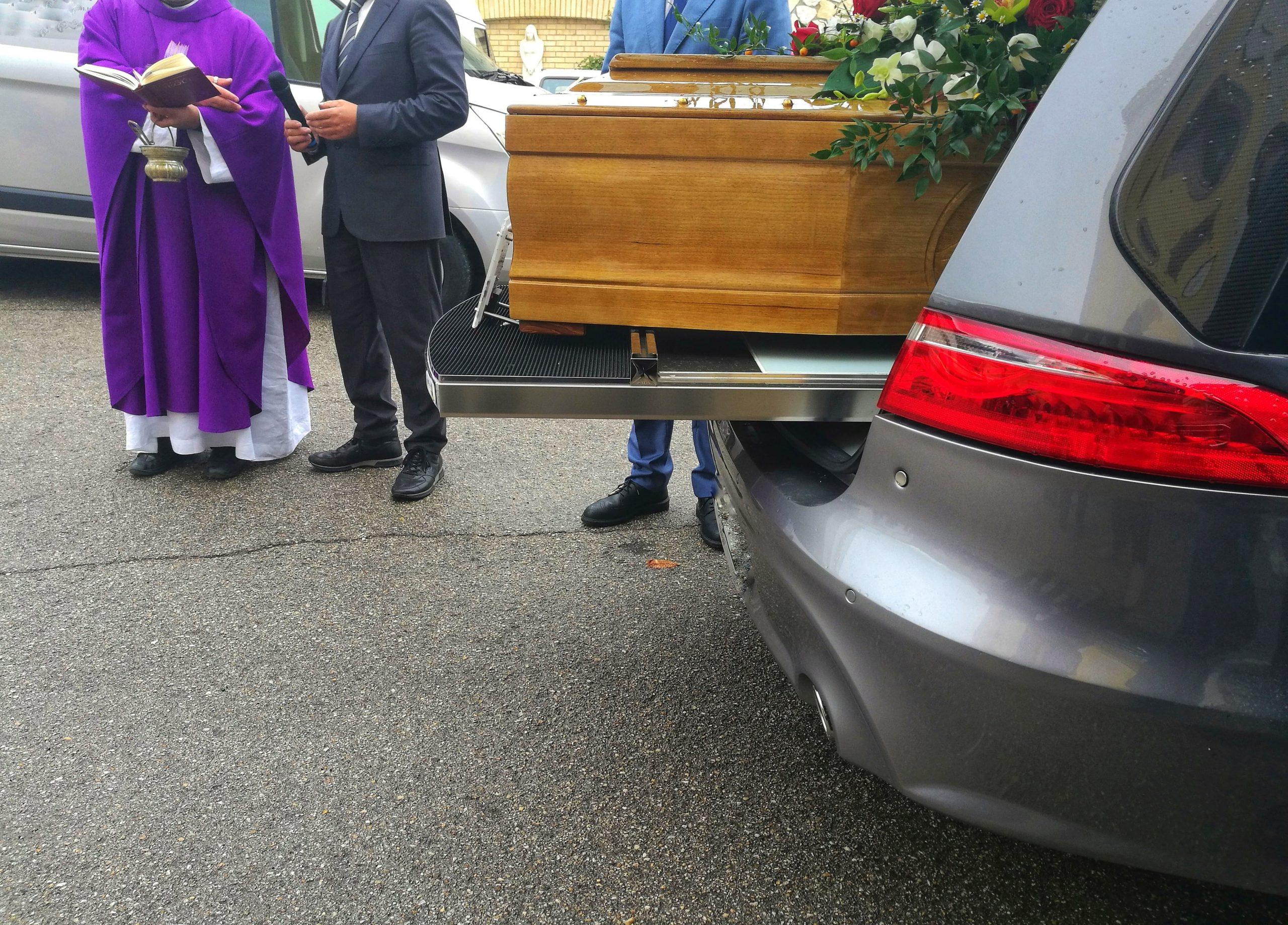 I professionisti per il tuo carro funebre
