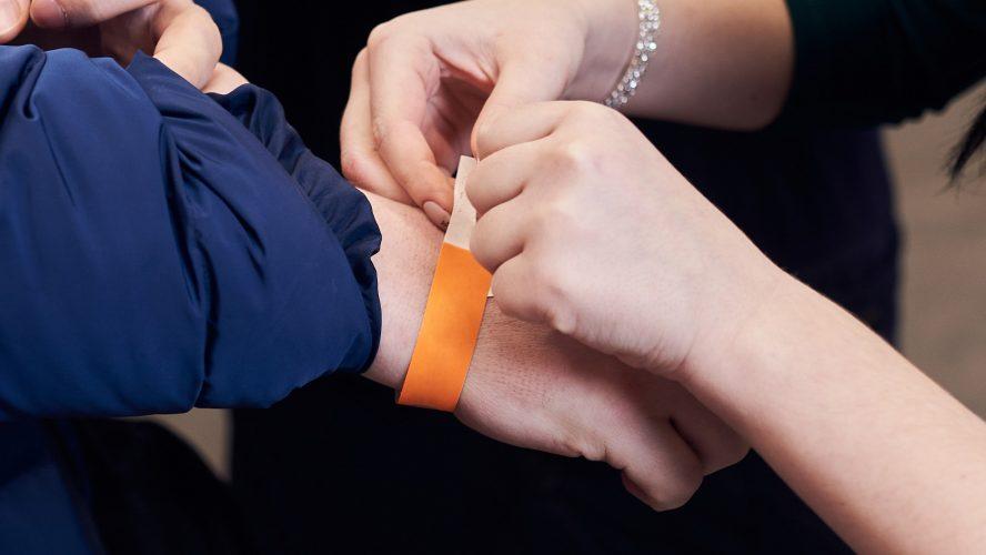 I braccialetti identificativi per attività
